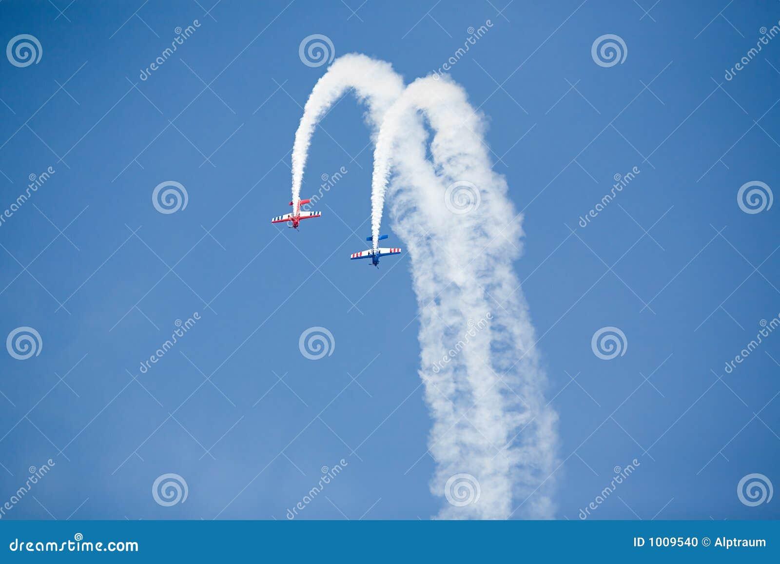 De vliegtuigen van de stunt