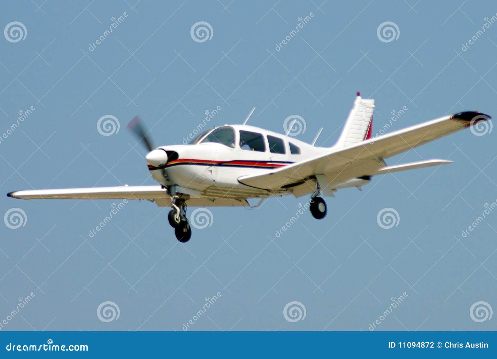 De vliegtuigen van Pirvate op benadering