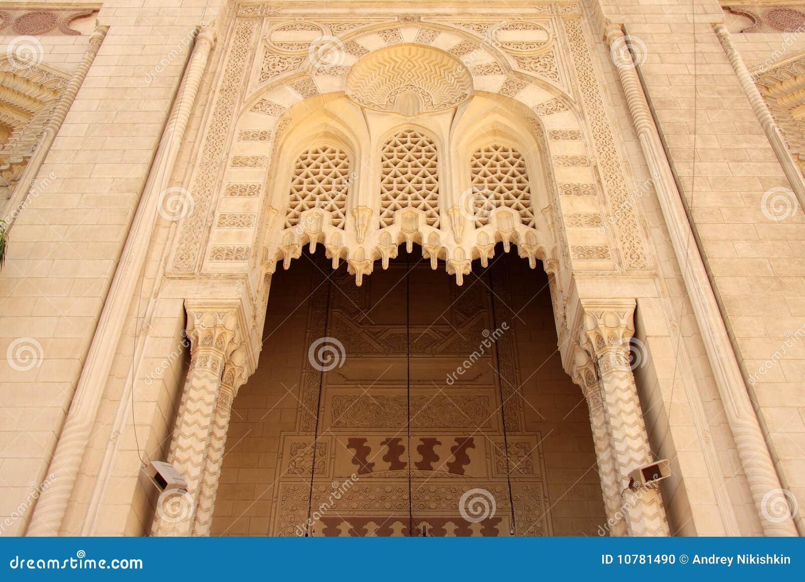 De voor moskee van Alexandrië van de ingangsboog oude.