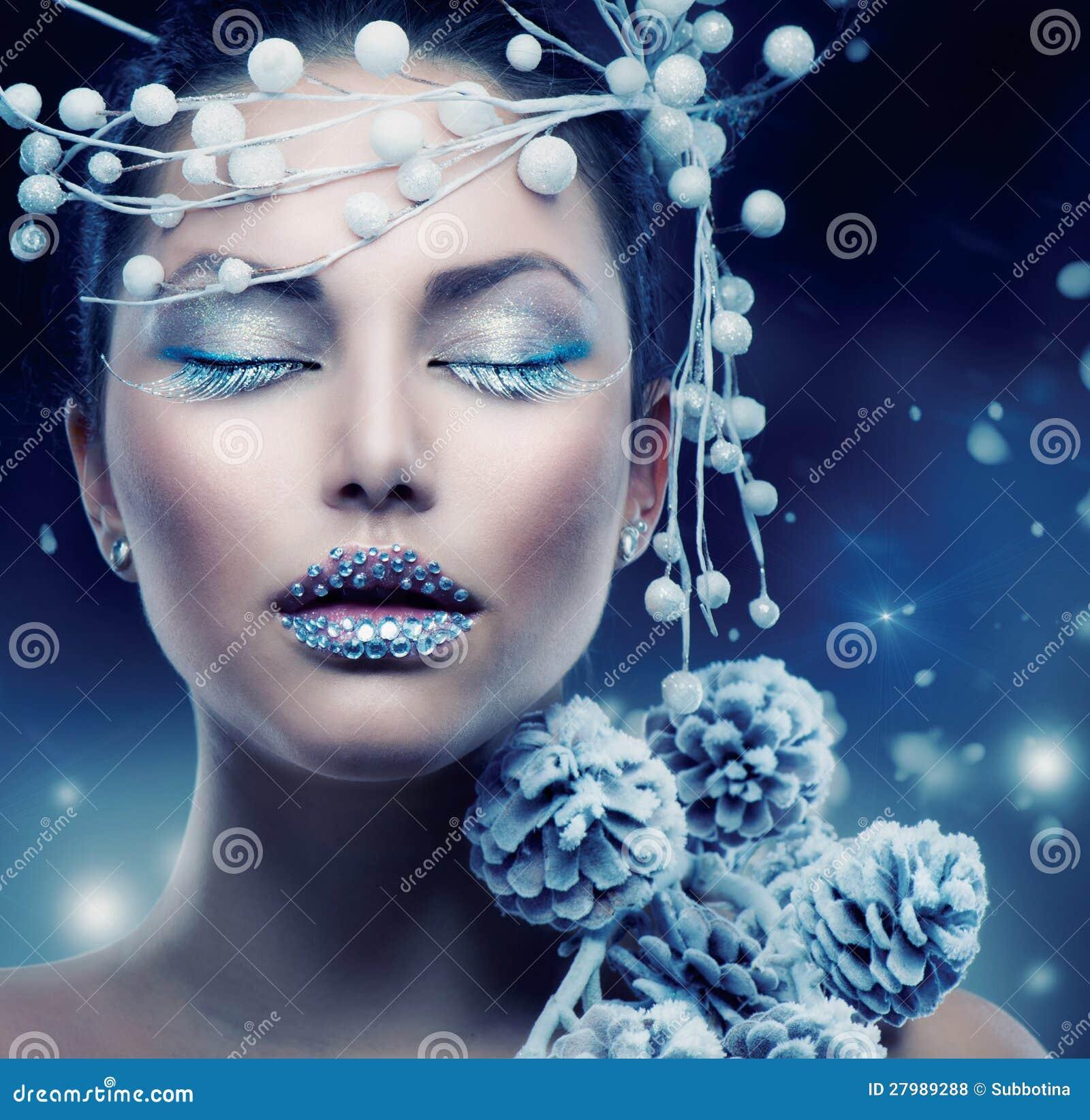 De Vrouw van de Schoonheid van de winter