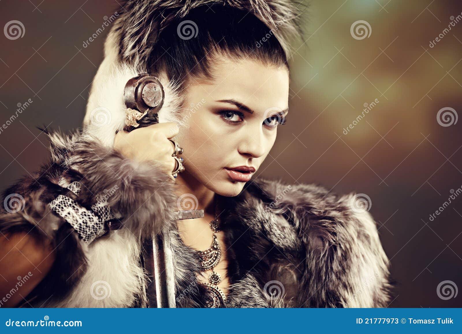 De vrouw van de strijder.