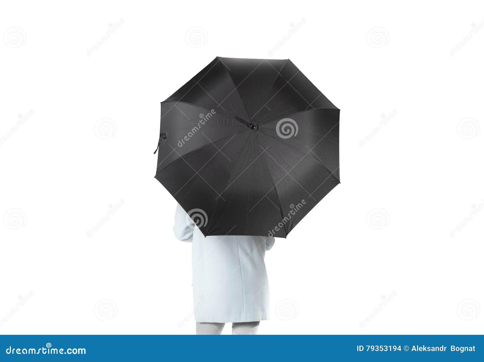 De vrouwen bevinden zich achteruit met zwart leeg paraplu geopend model