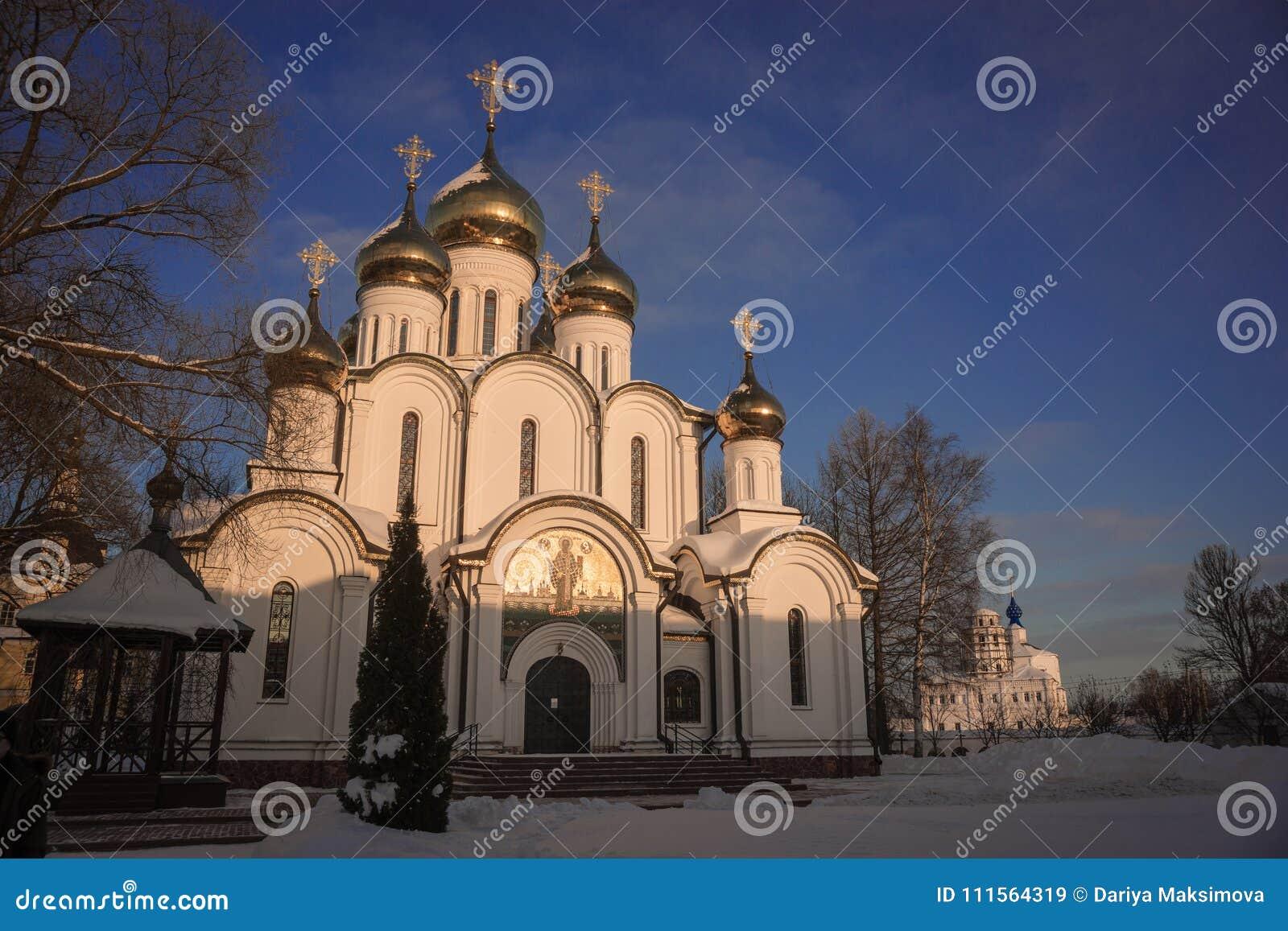 De Vrouwen` s Klooster van Svyatonikolsky Pereslavl in Pereslavl Zalessk