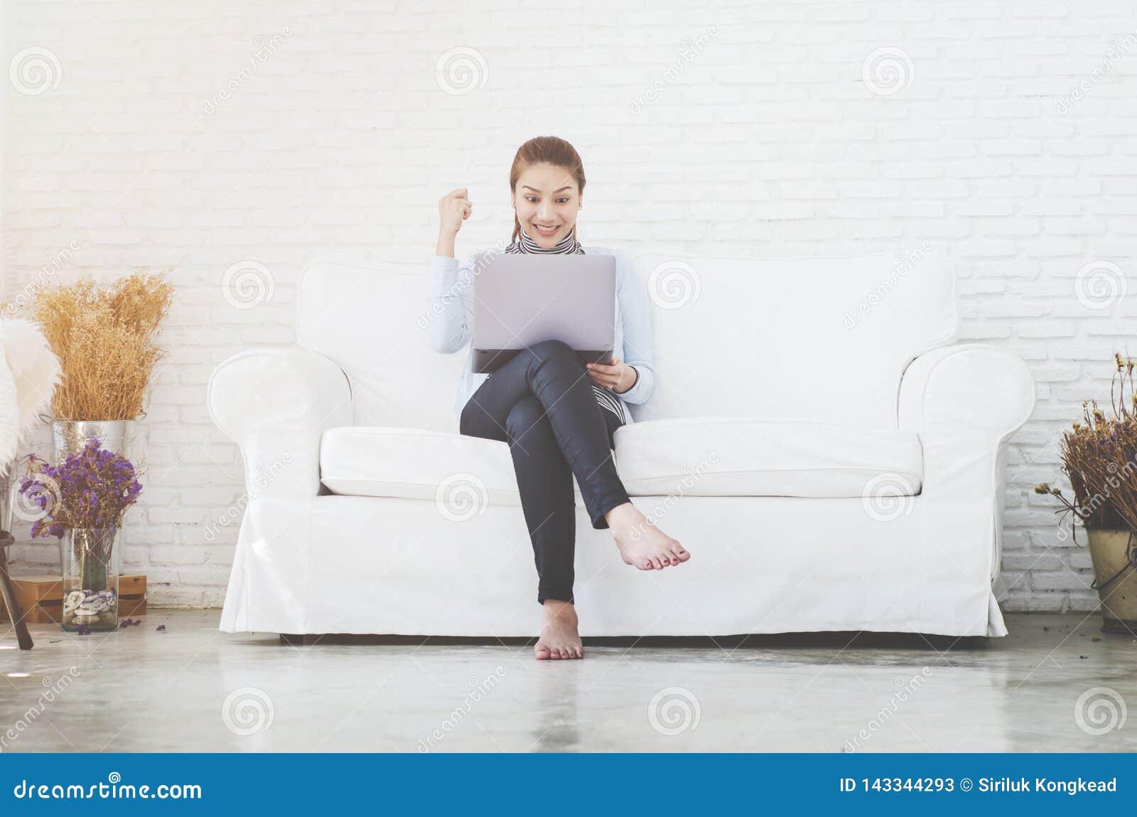 De vrouwen werken en gelukkig