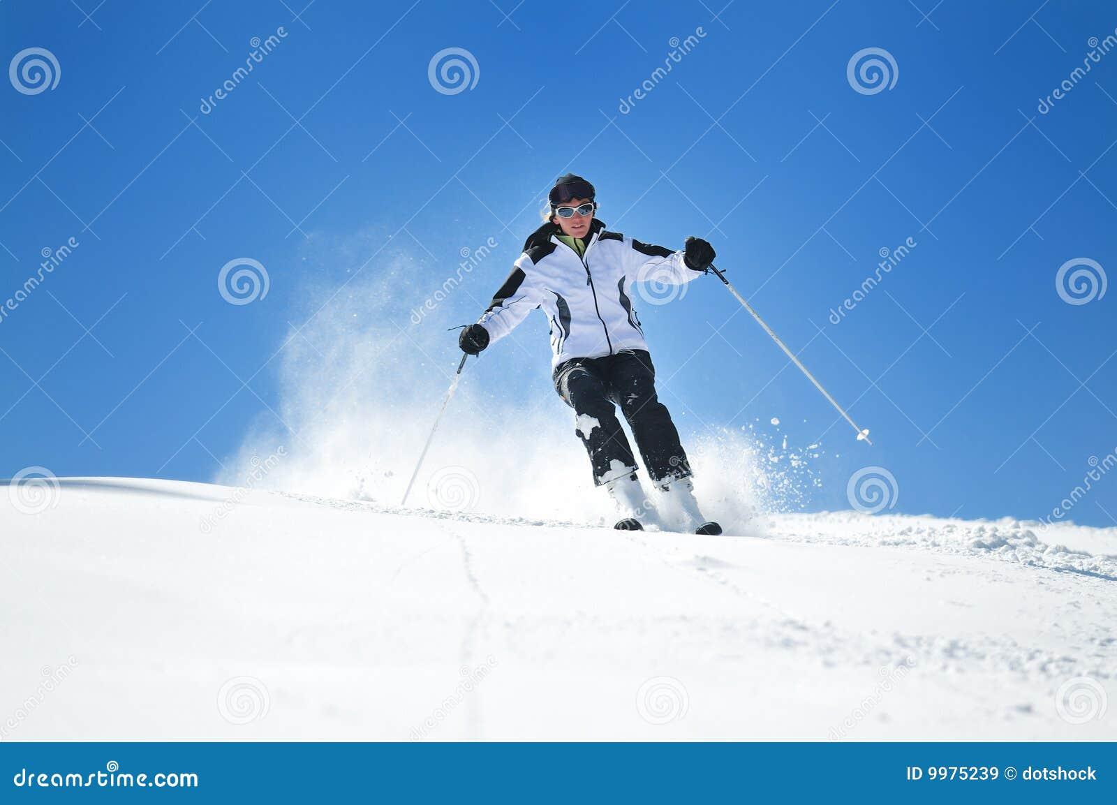 De vrouwenski van de winter