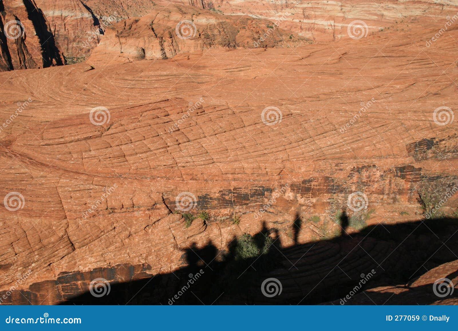 De Wandelaars van de schaduw op Rode Rots