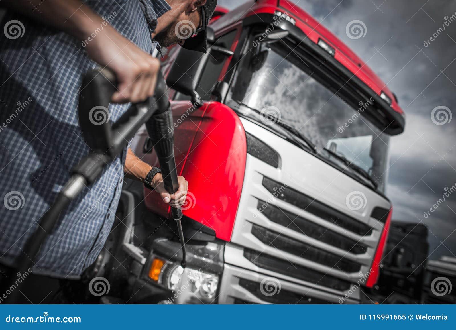 De Was van de Detailervrachtwagen