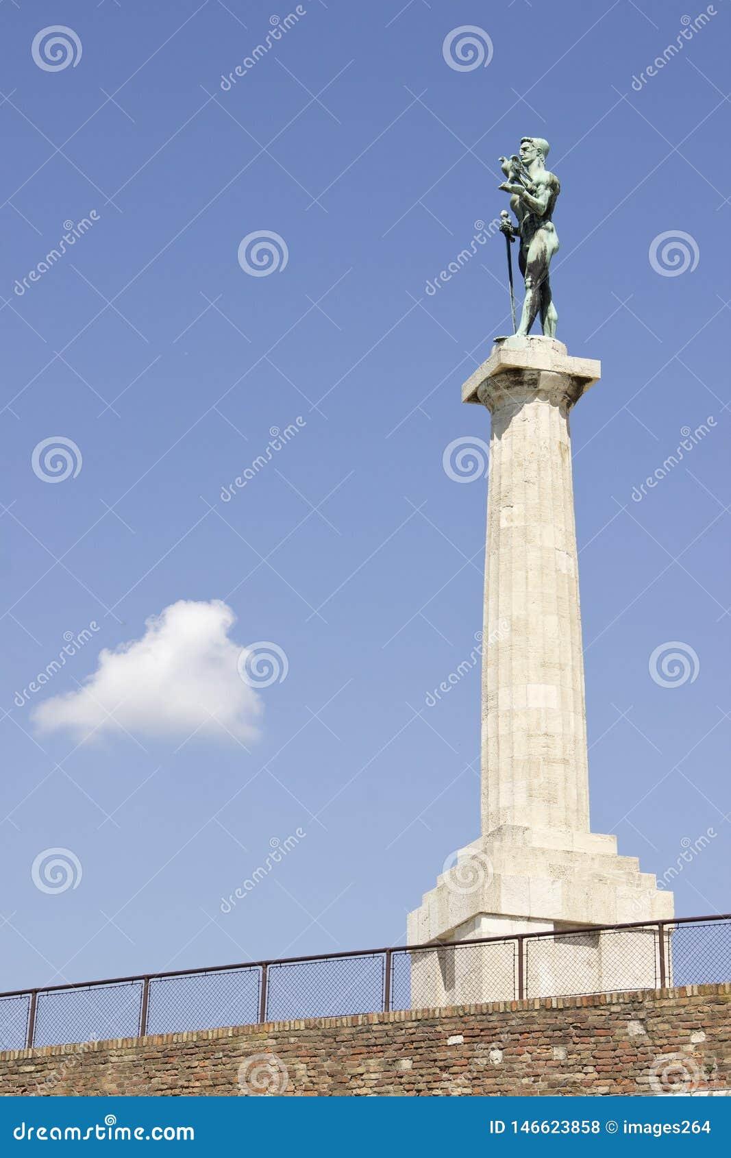 De winnaarstandbeeld van Belgrado