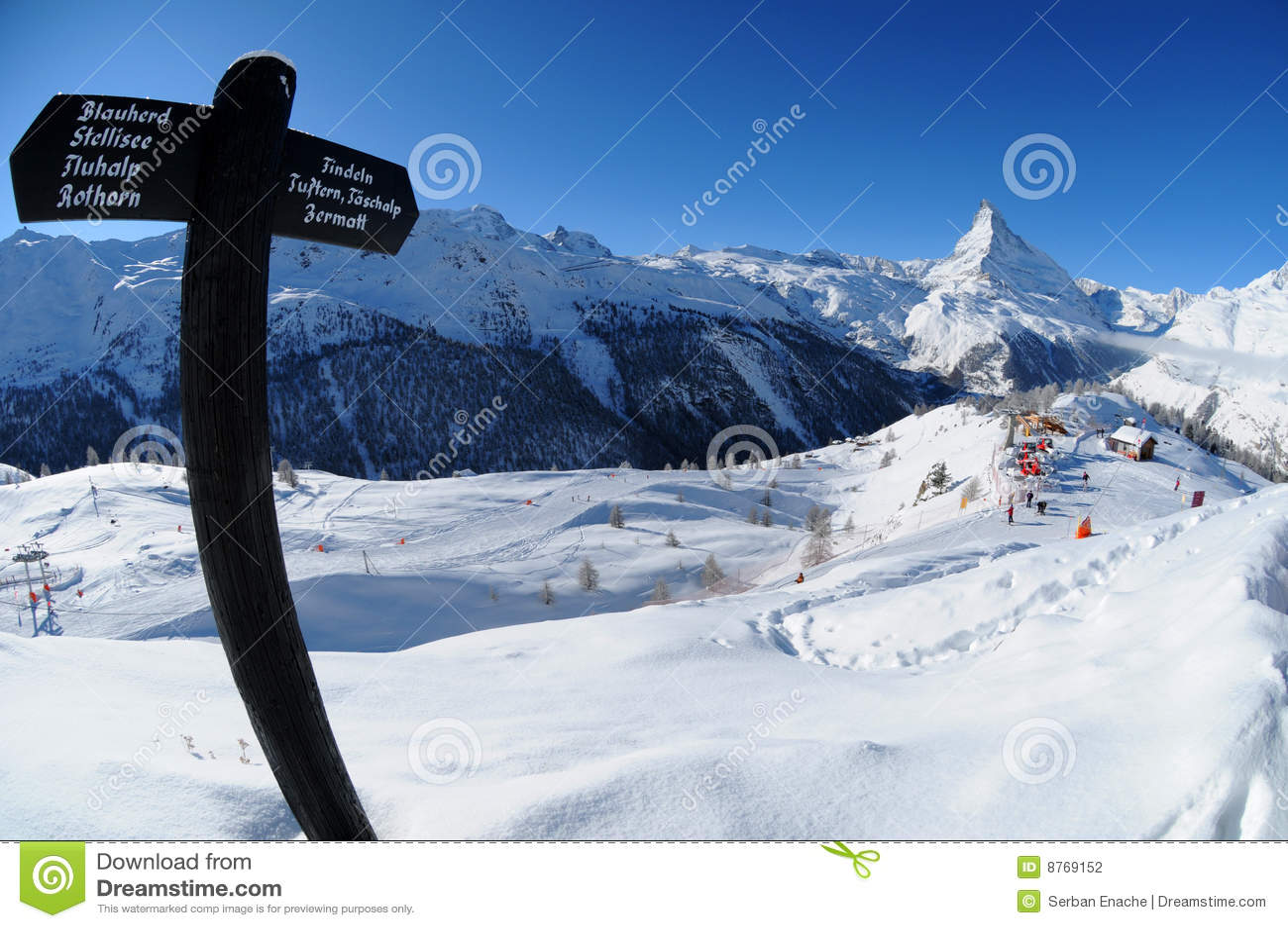 De winterlandschap van Matterhorn