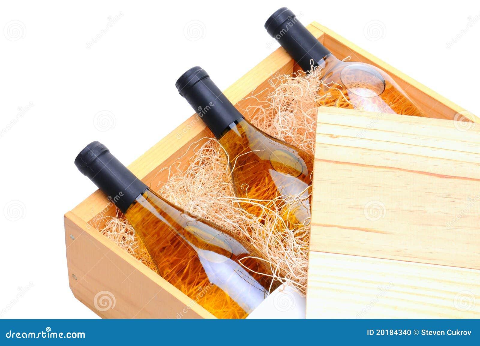 De witte Flessen van de Wijn in houten krat