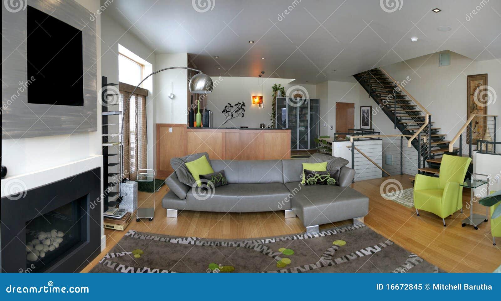 Woonkamer Op Zolder : De woonkamer van de zolder stock afbeelding. afbeelding bestaande