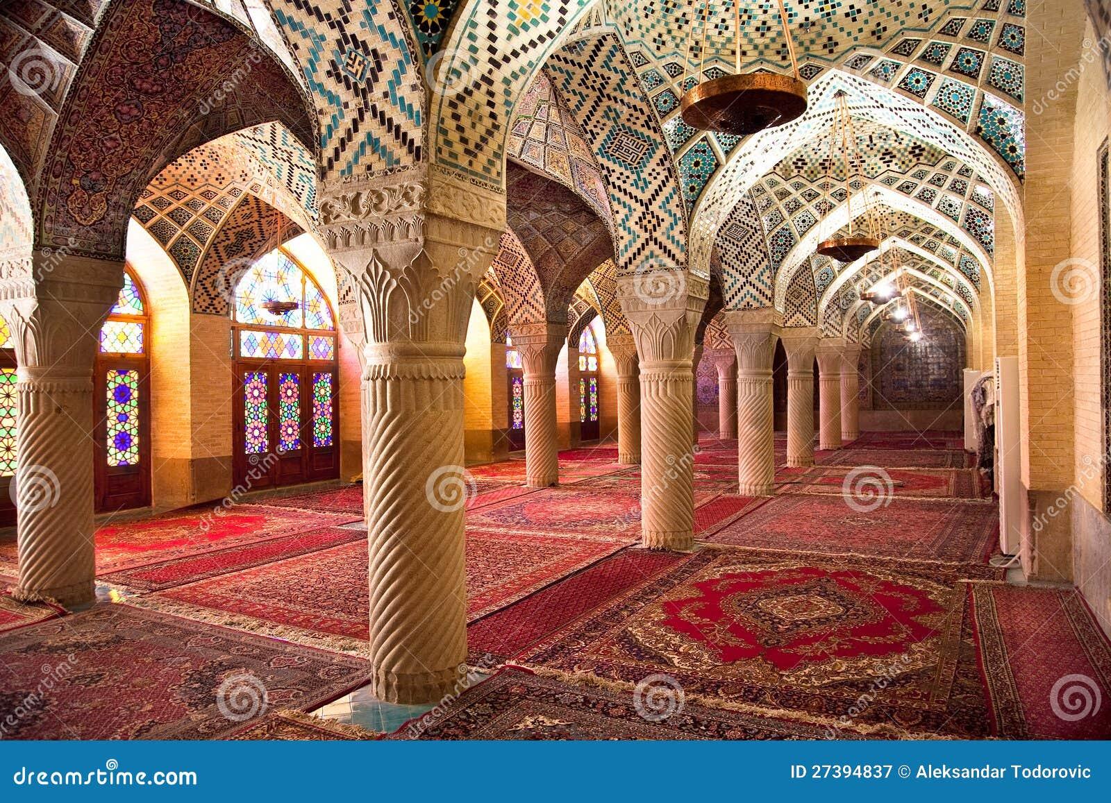 De zaal van het gebed van de moskee van nasir al molk iran royalty vrije stock fotografie - Versiering van de zaal van het tienermeisje van ...