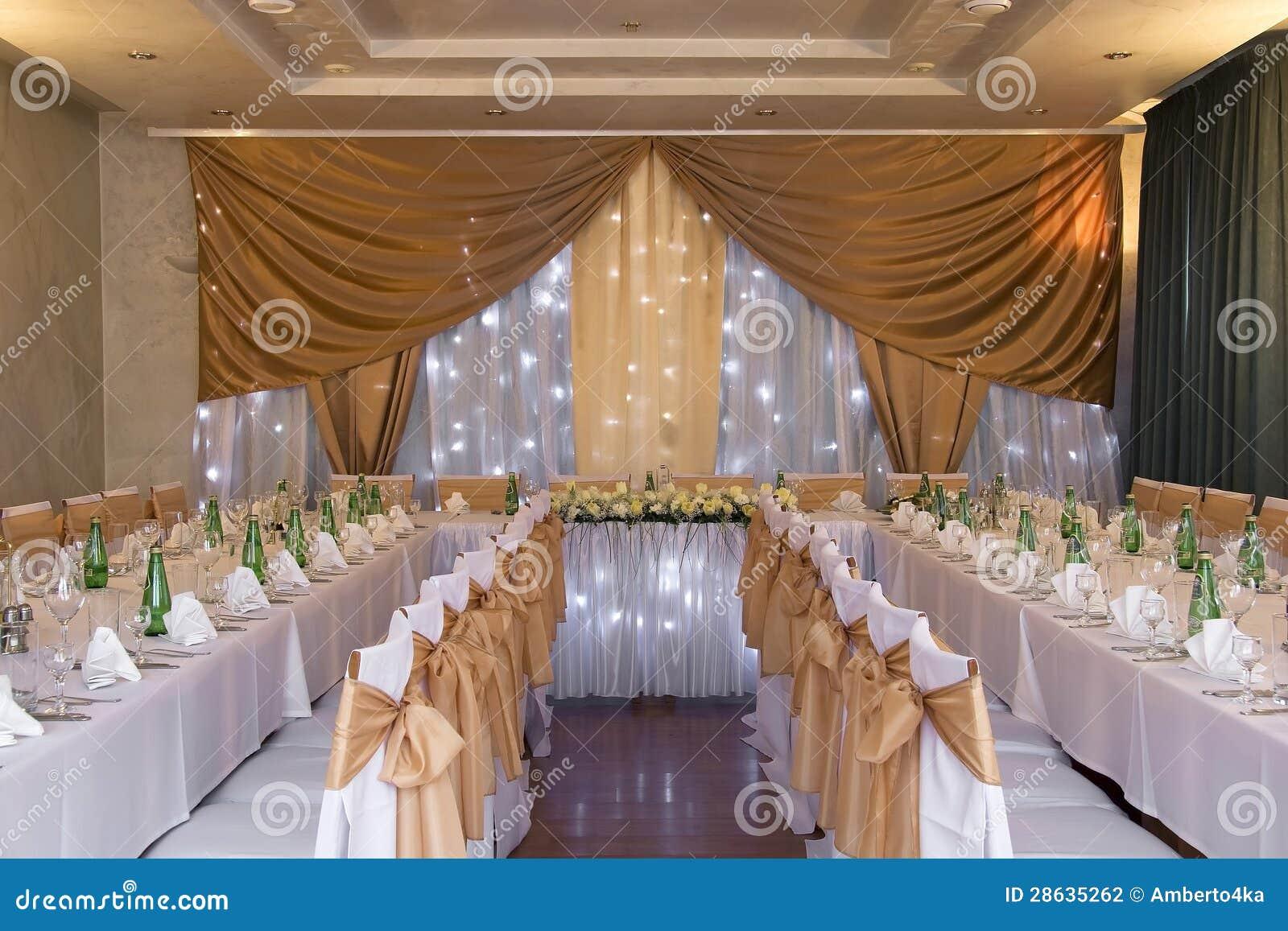 De zaal van het huwelijk met decoratie stock fotografie afbeelding 28635262 - Decoratie van het interieur ...