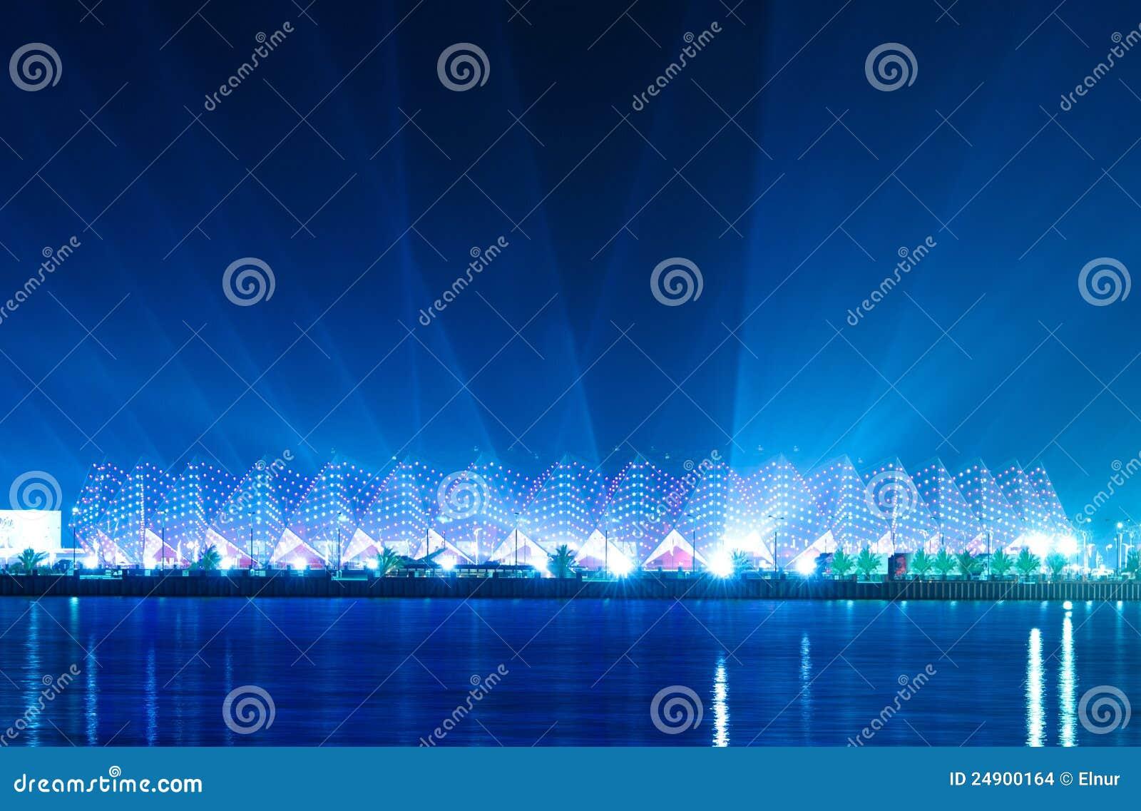 De zaal van het kristal het trefpunt van eurovisie 2012 redactionele stock afbeelding - Versiering van de zaal van het tienermeisje van ...
