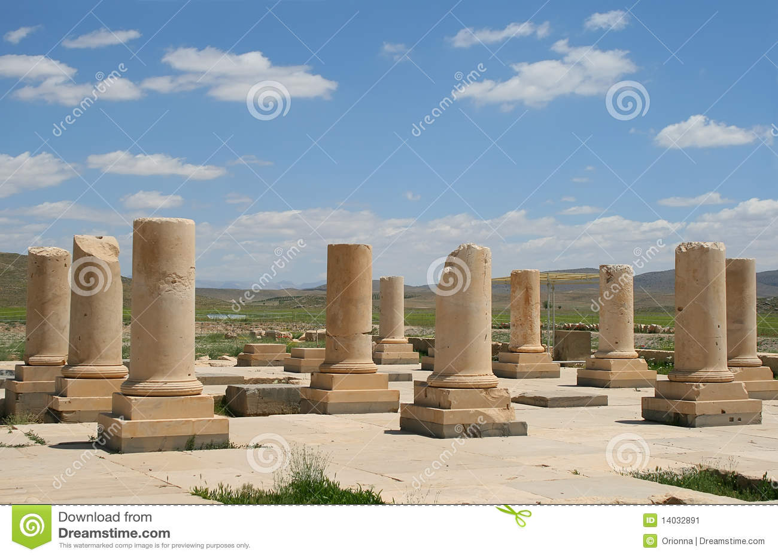 De zaal van het publiek van pasargadae paleis iran stock afbeelding afbeelding 14032891 - Versiering van de zaal van het tienermeisje van ...