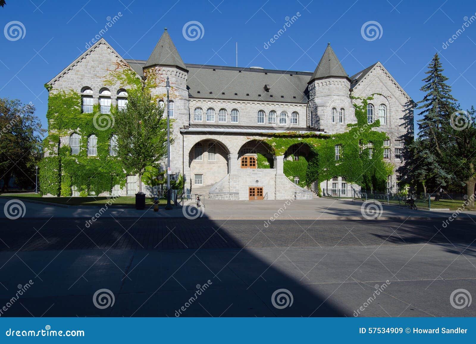 De Zaal van Ontario, een deel van Queensuniversiteit in Kingston