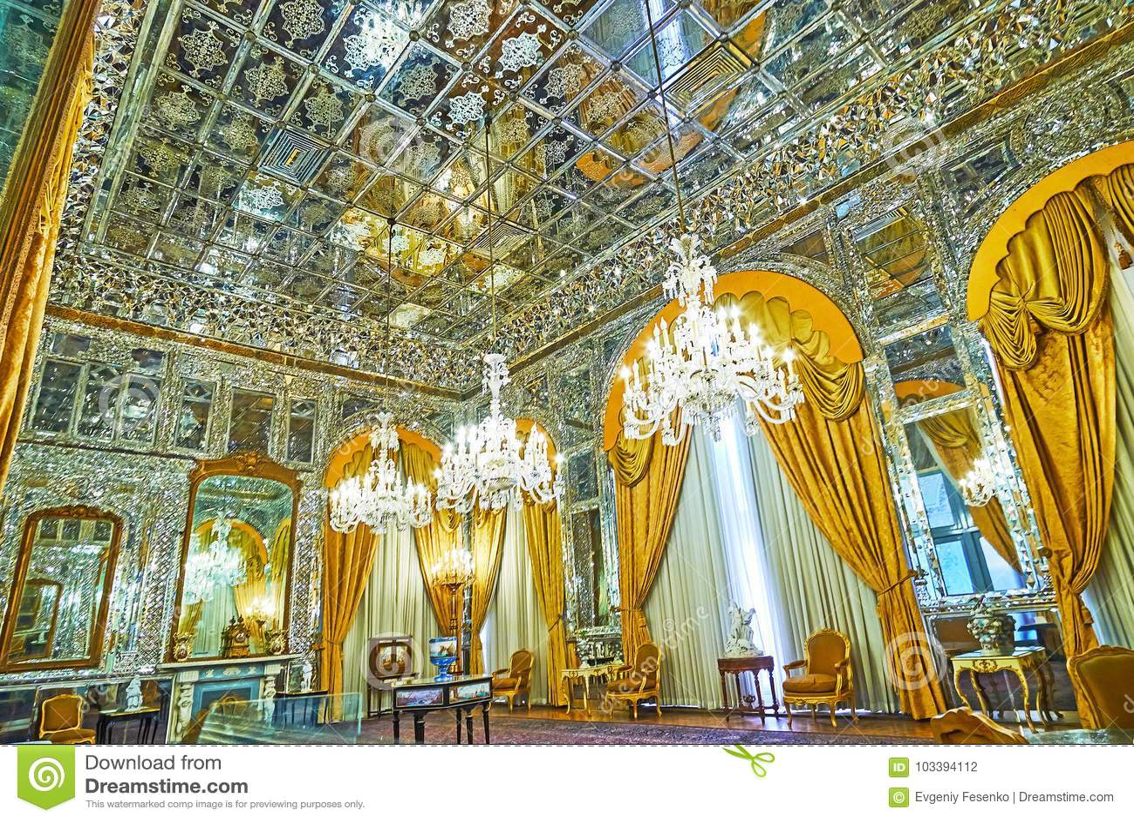 De Zaal van Spiegel in Golestan, Teheran