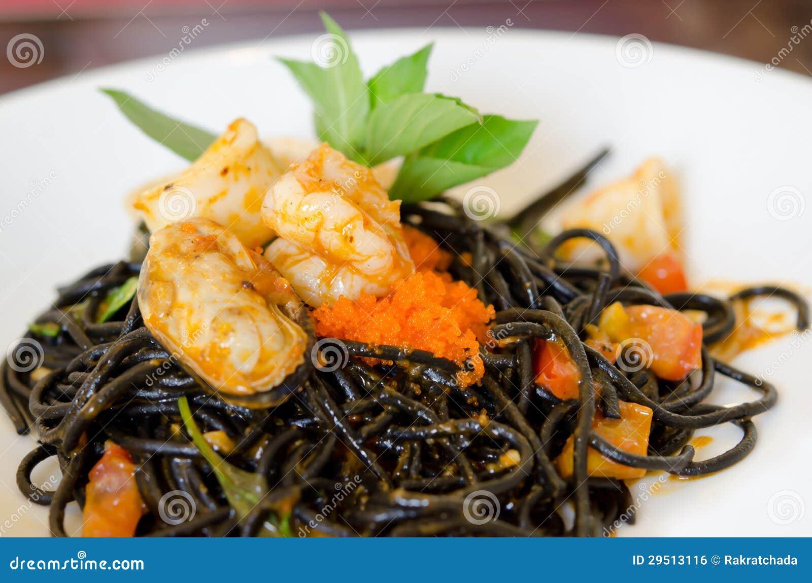 De zeevruchten van de spaghetti