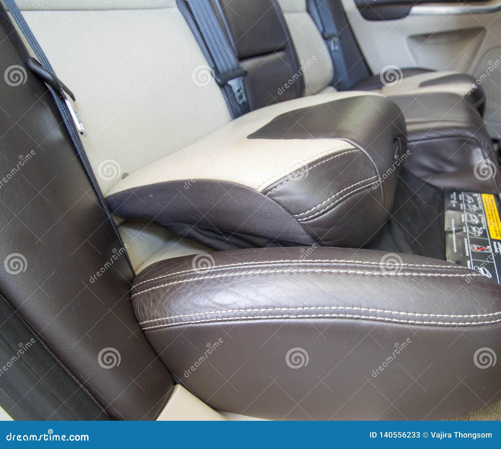 De zetel van het autokind, Systeem van het kind het Hulpkussen