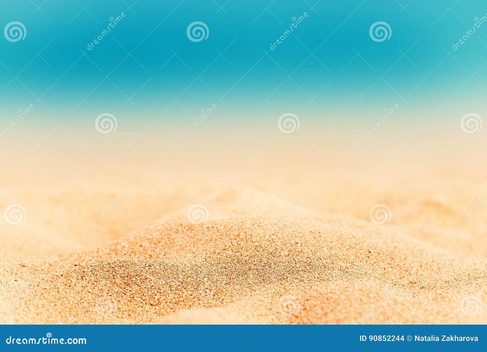 De zomerachtergrond - Sunny Beach met gouden zand