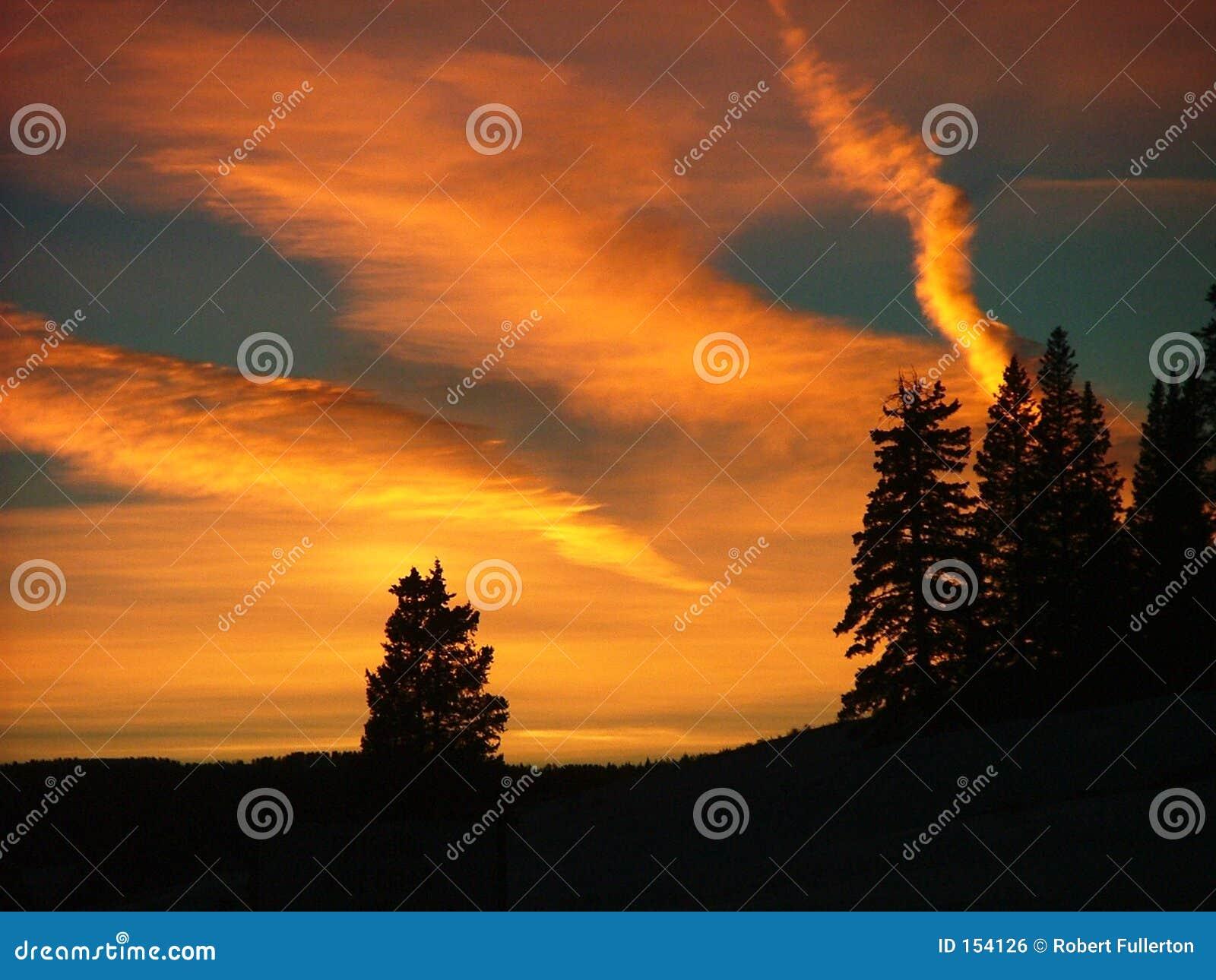 De zonsondergang van de winter op hagedis hoofdpas