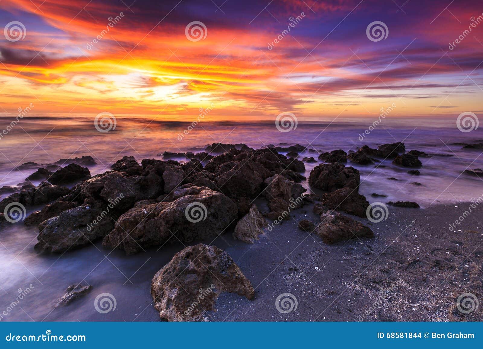 De Zonsondergang van het Caspersonstrand