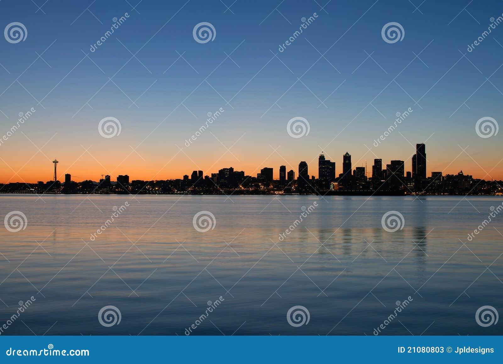 De Zonsopgang van de Horizon van de Waterkant van Seattle Washington