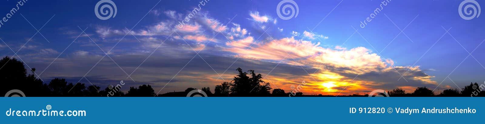De zonsopgang van het panorama