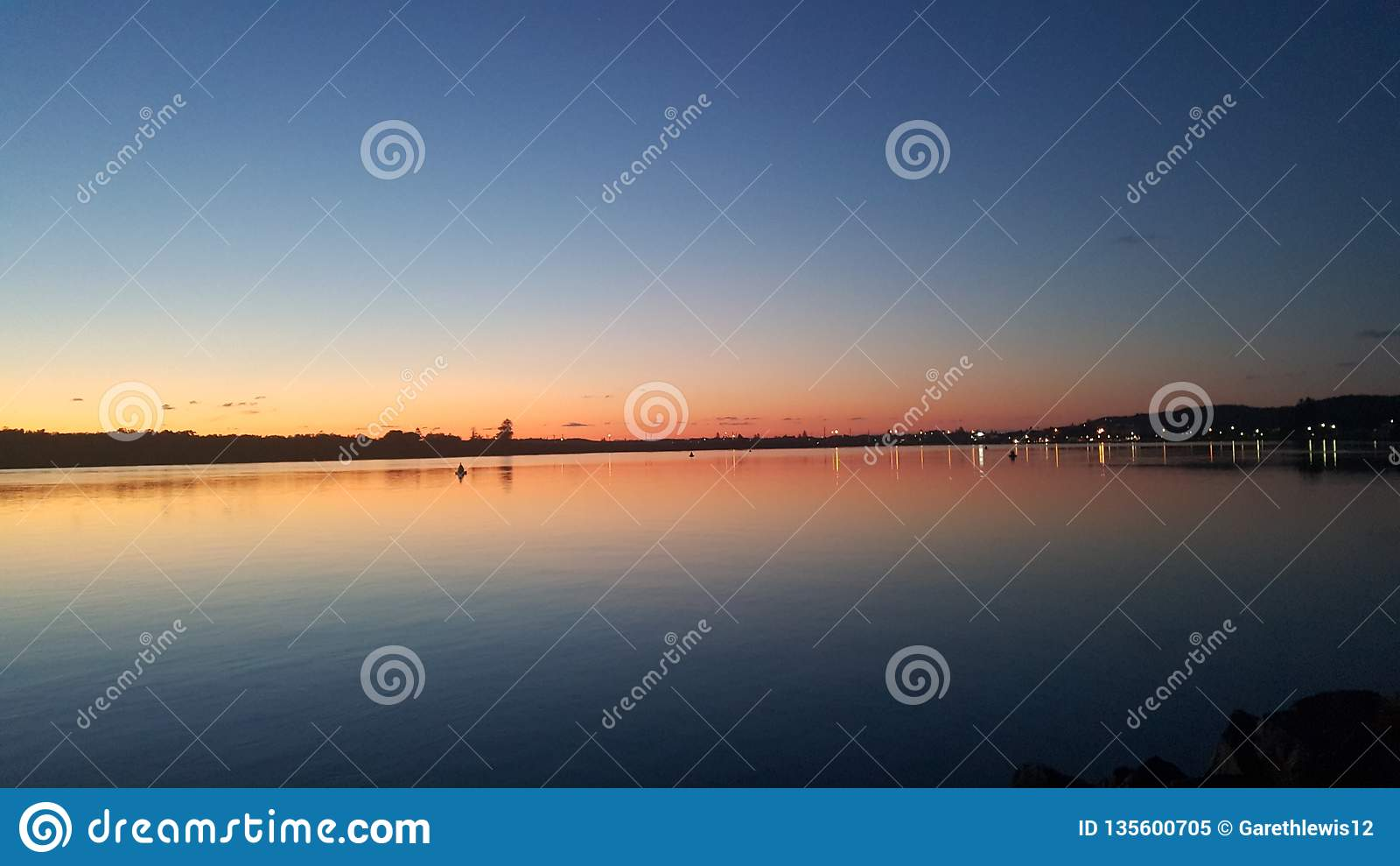 De zonsopgang van Swansea