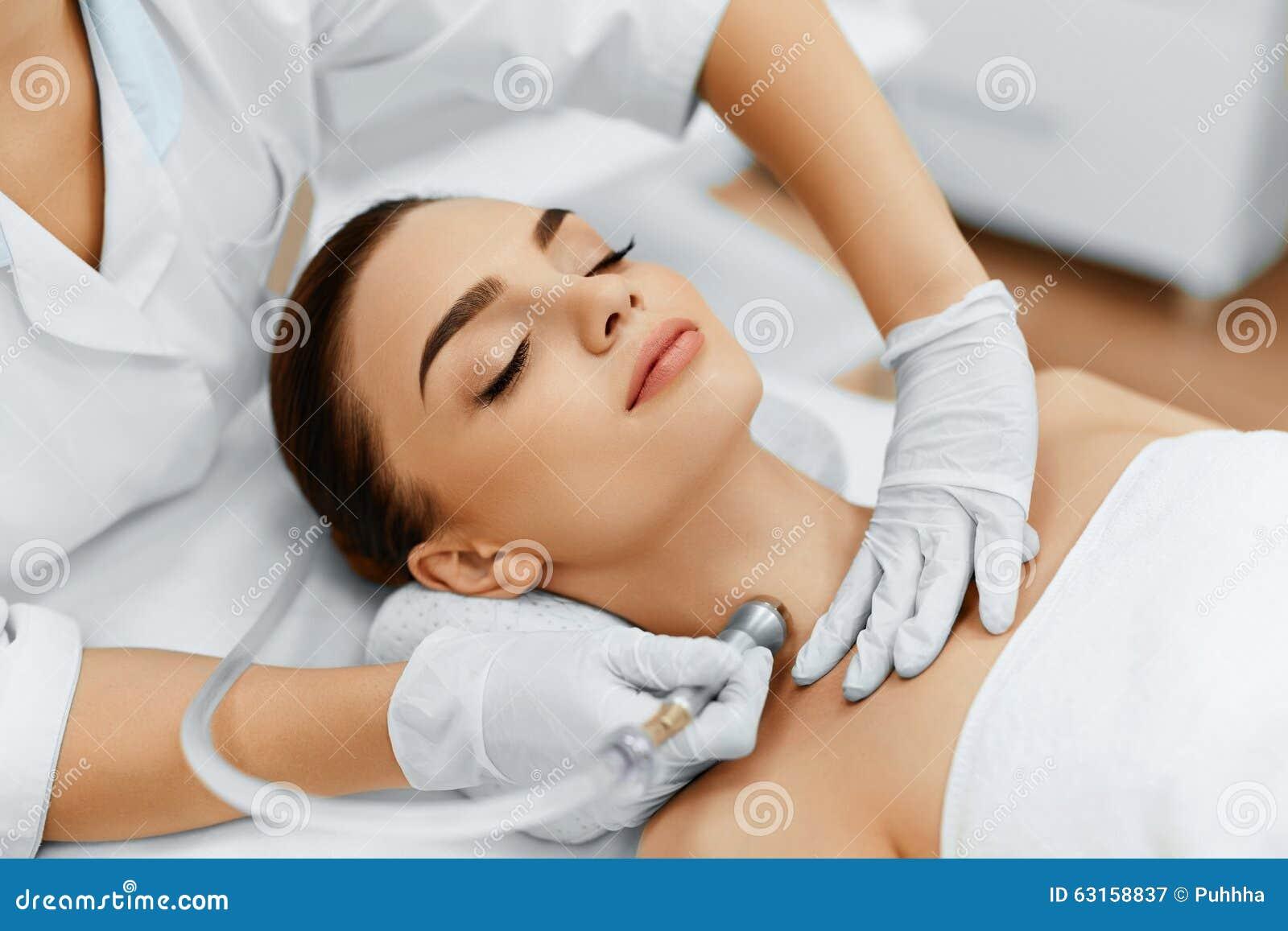De zorg van de gezichtshuid Diamond Microdermabrasion Peeling Treatment, Bea