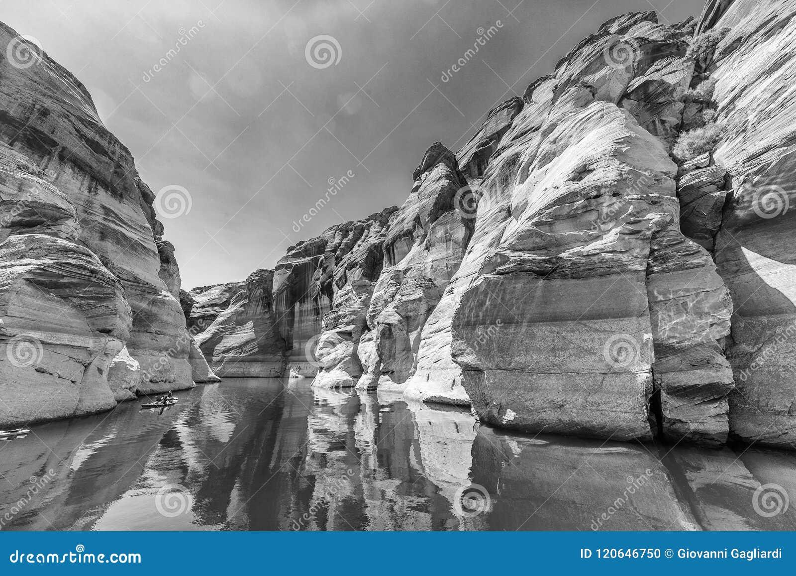 De zwart-witte mening van de antilopecanion, Meer Powell, Arizona