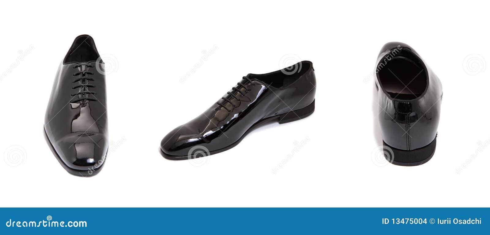 De zwarte glanzende schoen van leermensen