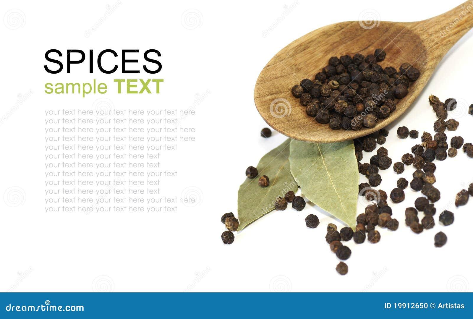 De zwarte peper van kruiden