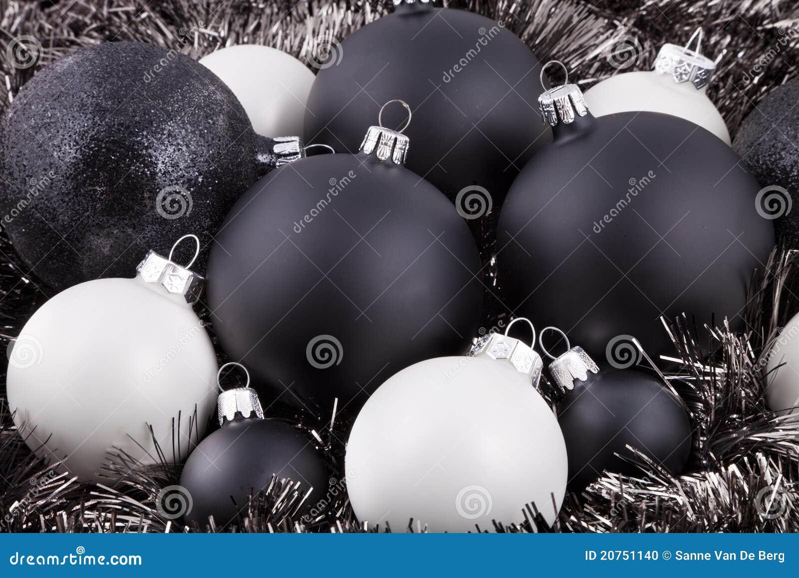De zwarte witte en taupe decoratie van kerstmis stock foto afbeelding 20751140 - Taupe gekleurde ...
