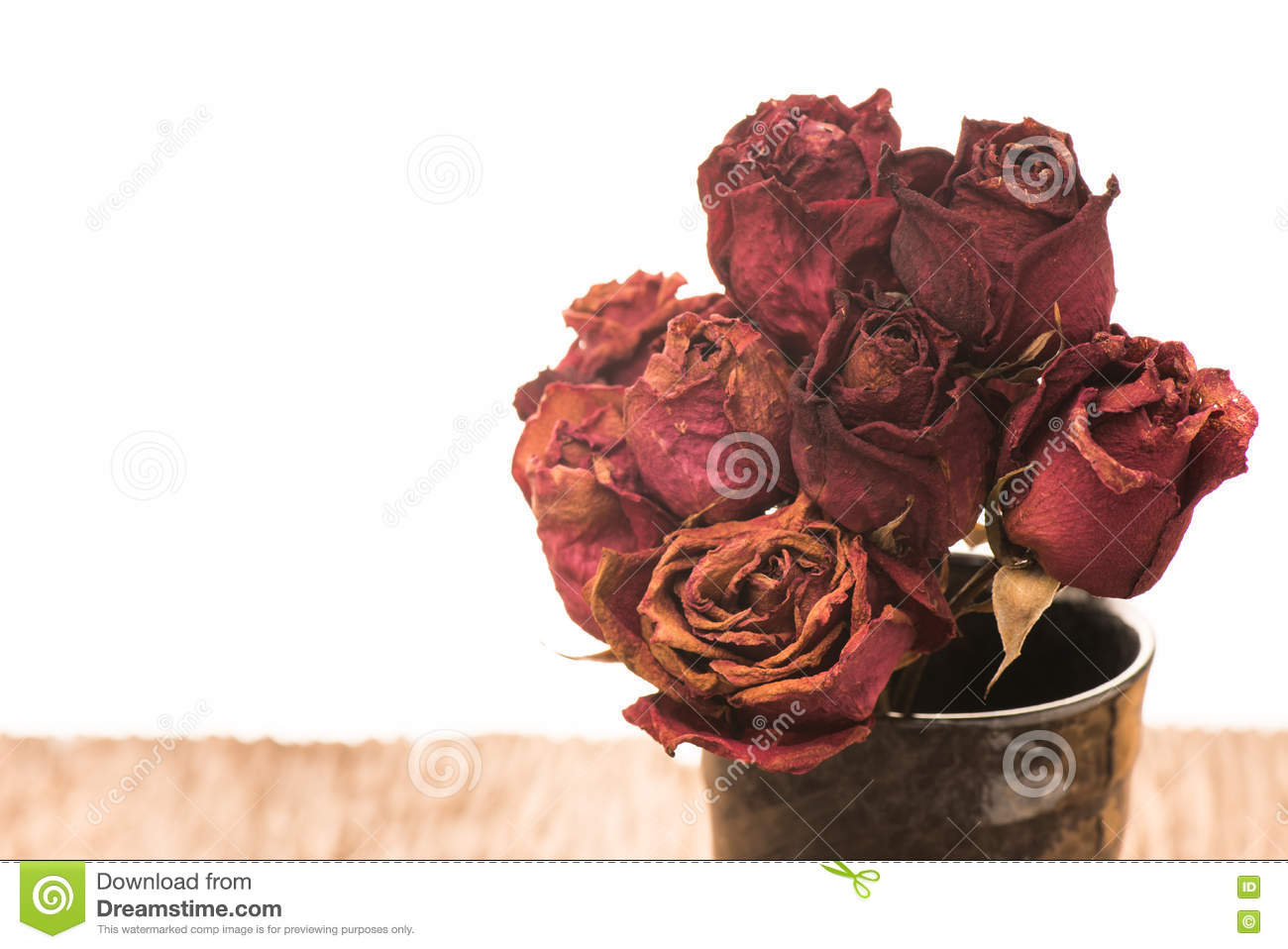 Dead bouquet of roses stock photo image of decoration 70038516 download dead bouquet of roses stock photo image of decoration 70038516 izmirmasajfo