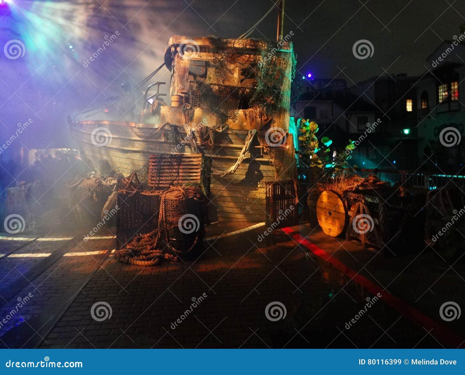 Dead Man s Wharf Scare Zone and HHN 26