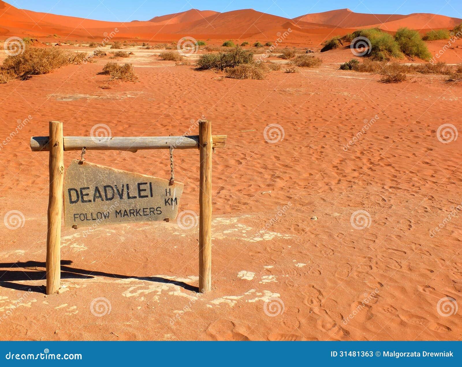 deadvlei  namibia stock photos image 31481363 clip art of thank you note clip art of thank you cake