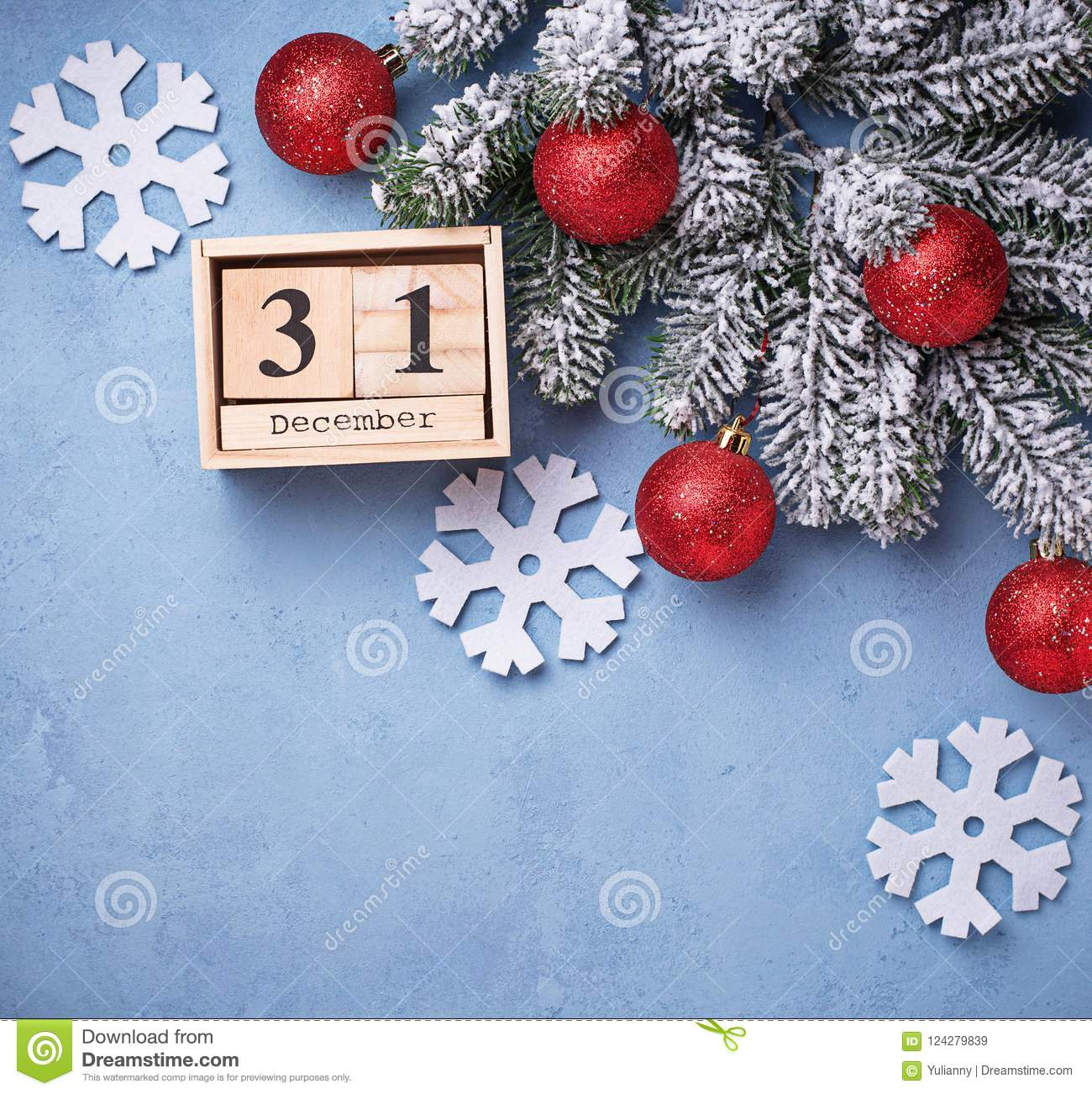 31 december on wooden calendar new year background