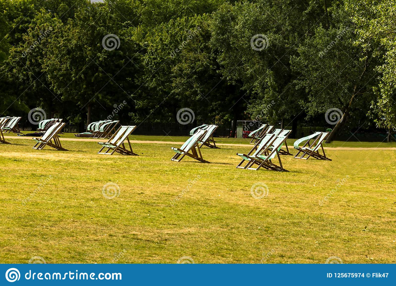 Deckchairs For Hire In Hyde Park Westminster London