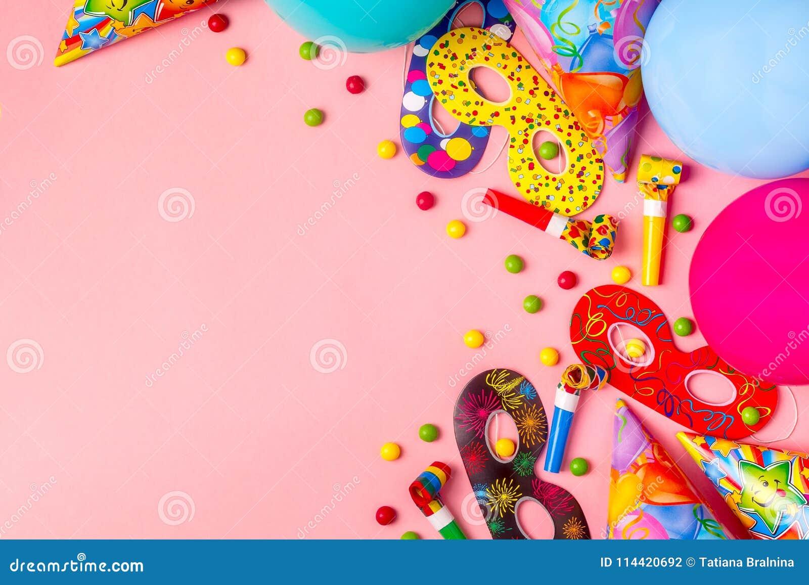 Decoração brilhante para um aniversário, um partido, um festival ou um carnaval