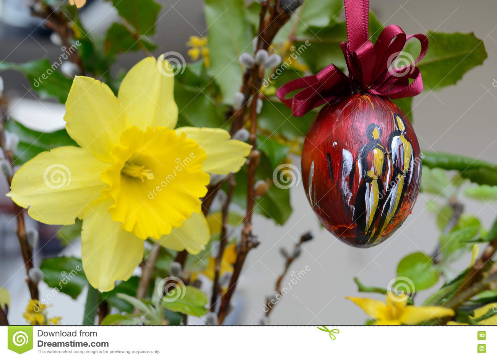Decoração da Páscoa - flores vernal