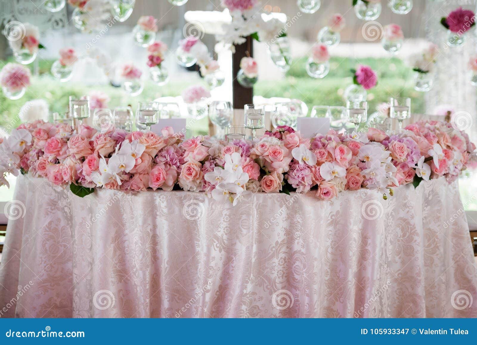 Decoração do casamento no restaurante