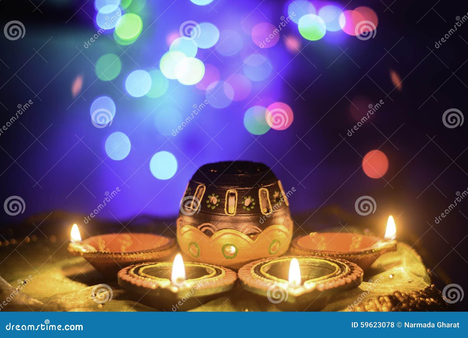 Decoração indiana da lâmpada de óleo de Diwali do festival
