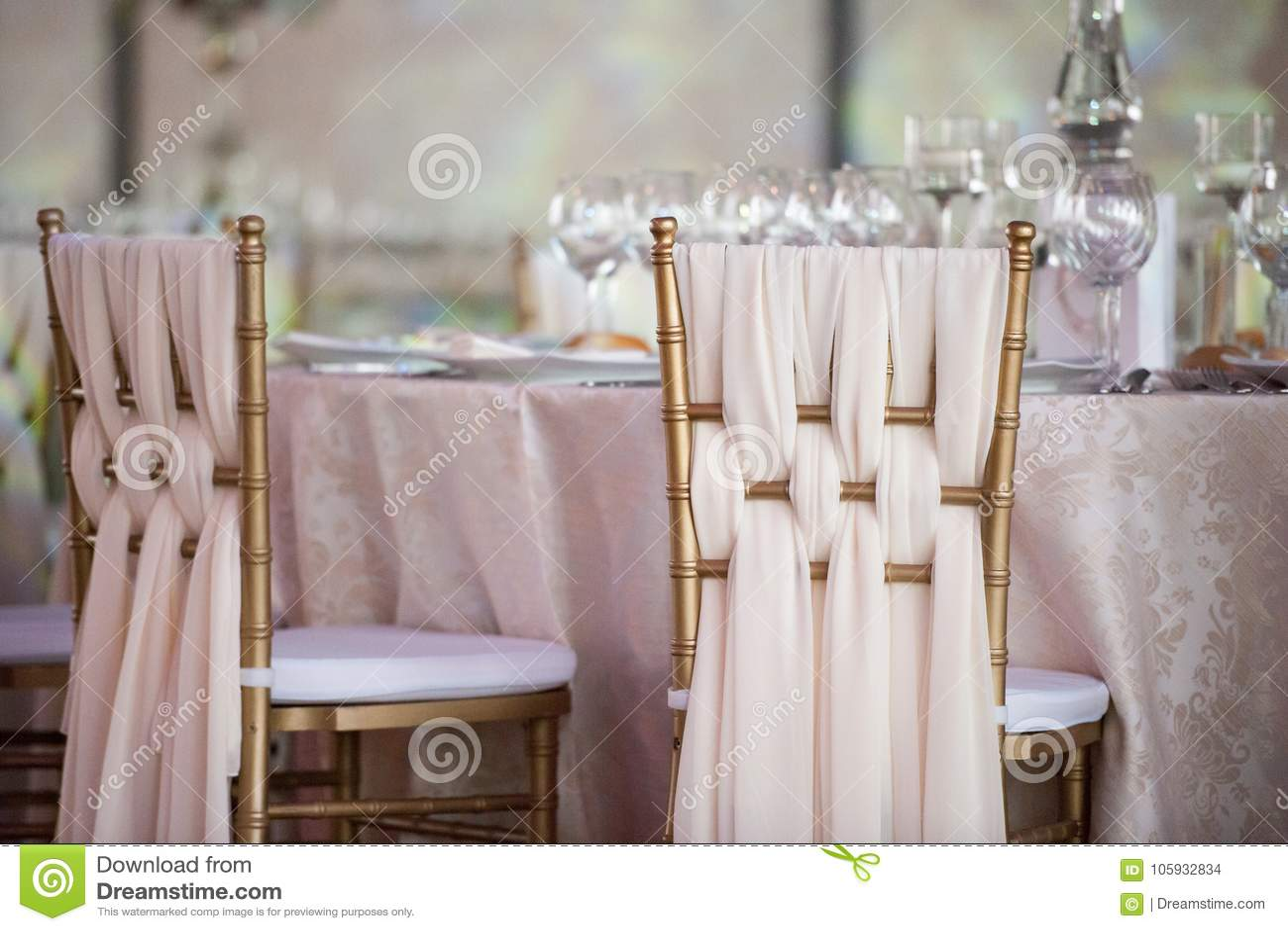 Decoración de la boda en el restaurante