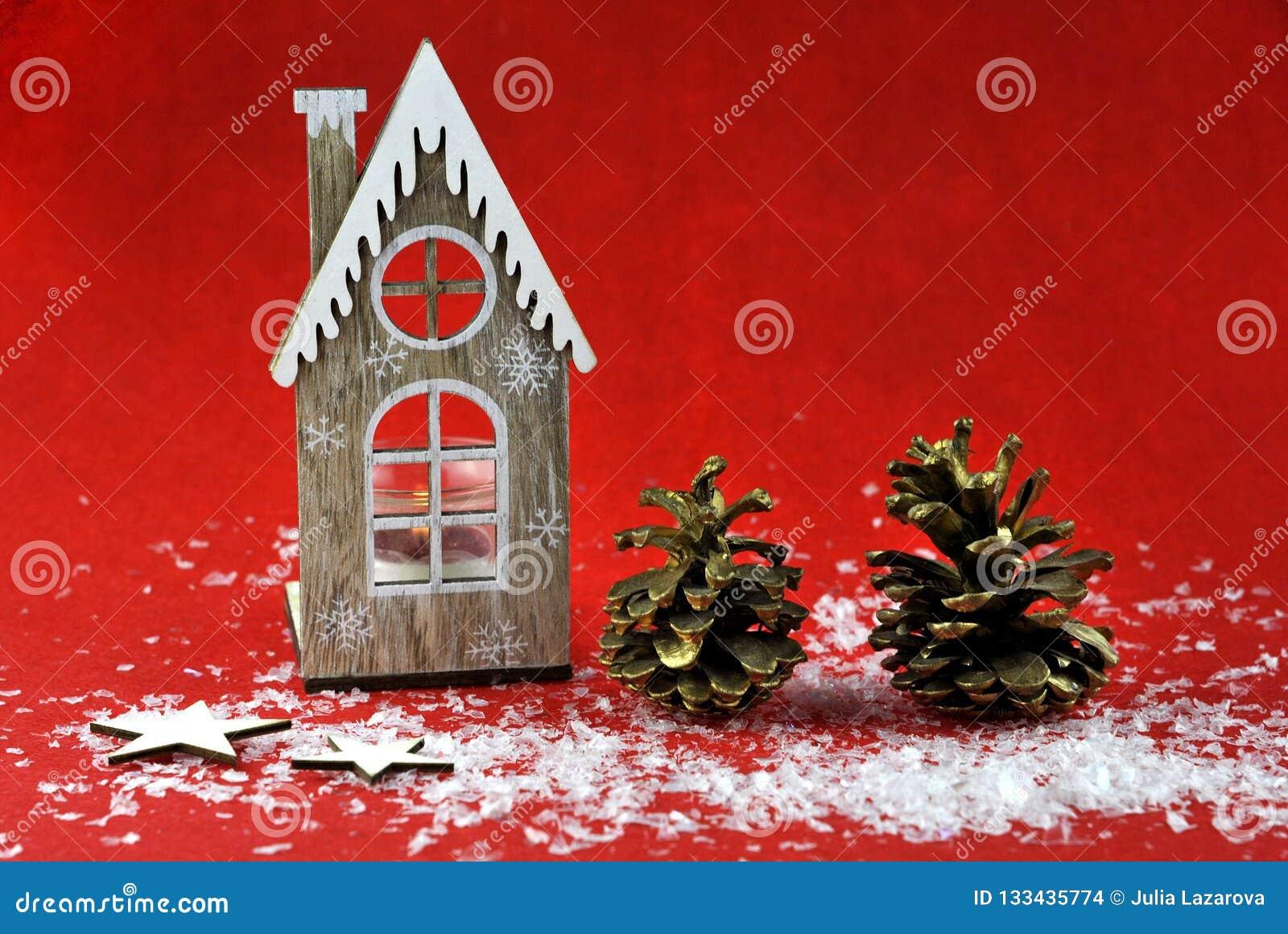 Decoración de la Navidad con las velas aromáticas