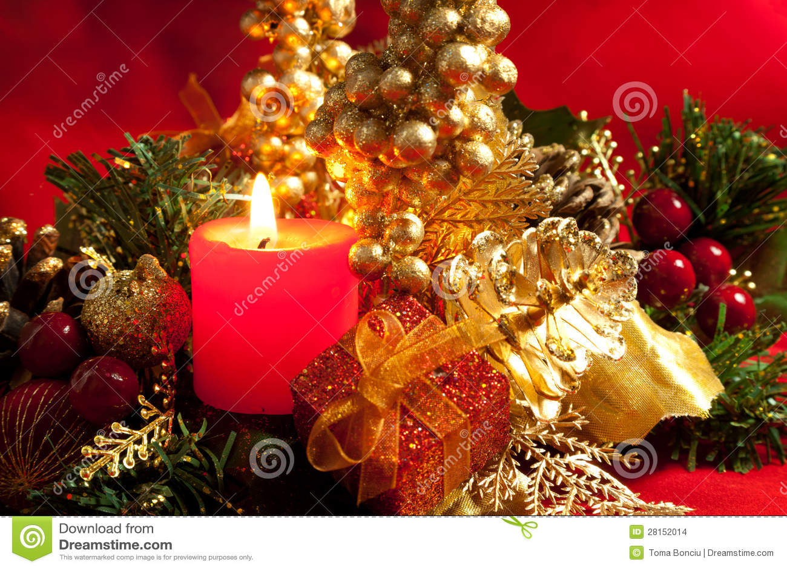Decoraciones de la navidad con una vela stock de - Decoracion de navidad con velas ...