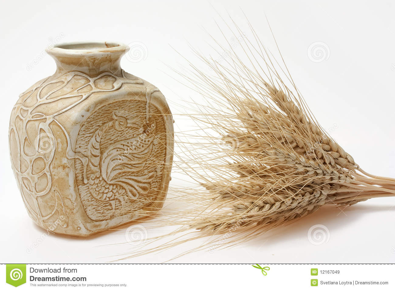 Decorate Ceramic Vase And Whild Royalty Free Stock Images - Image ...