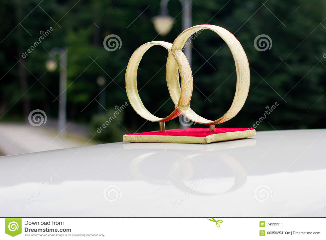 Decorate Wedding Car Stock Image Image Of Beauty Decorated 74939911