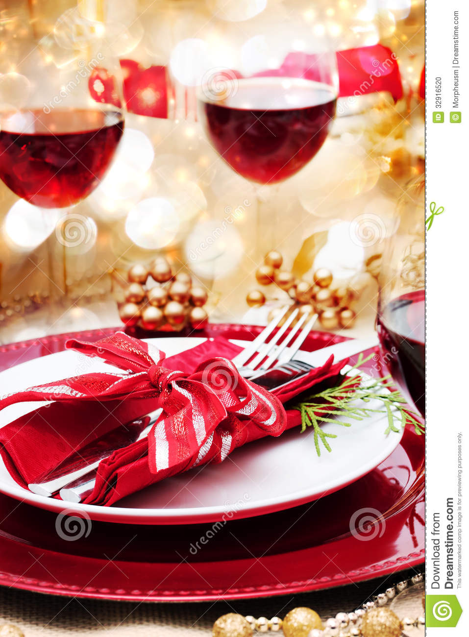 Red Christmas Dishes