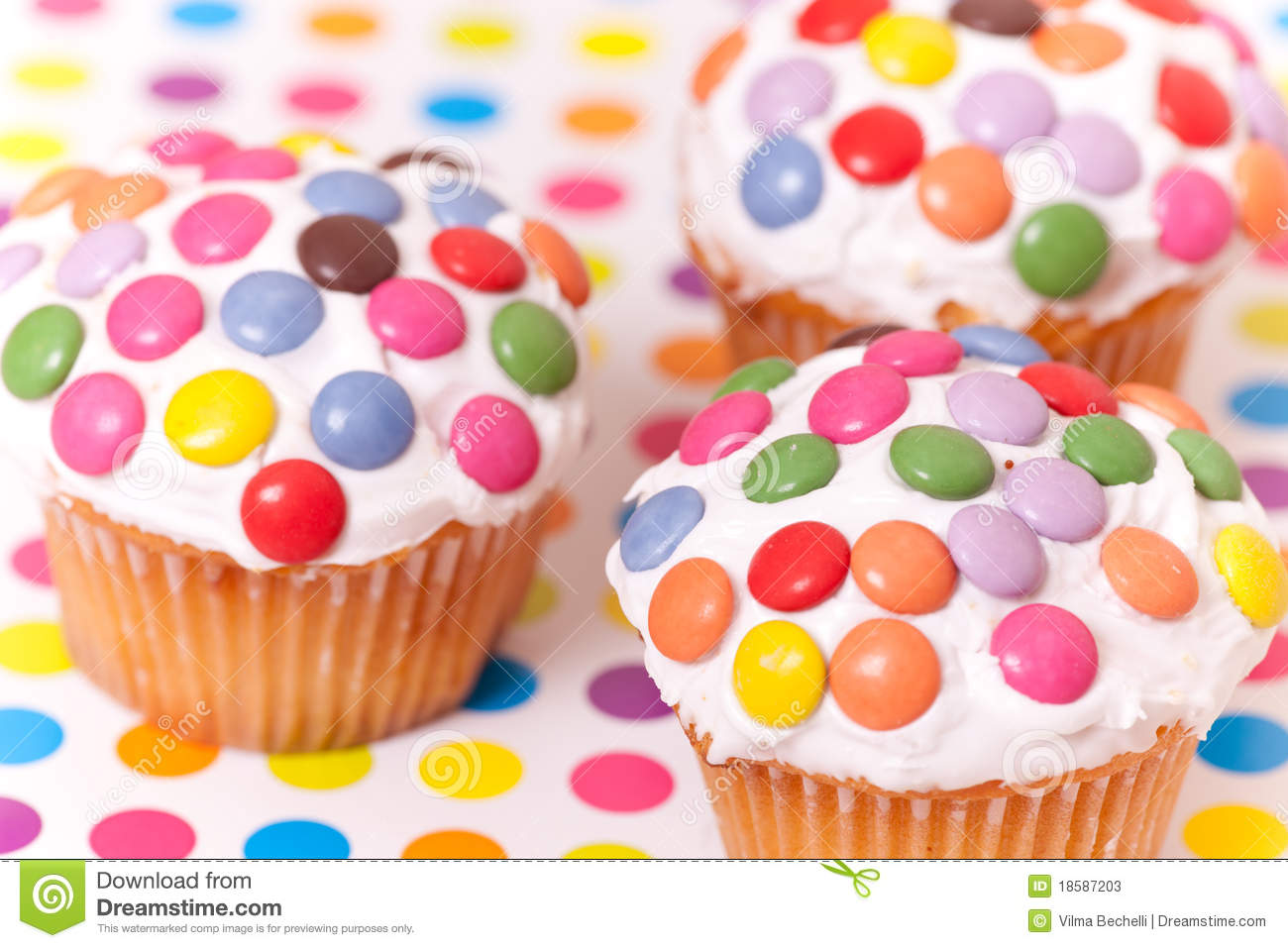 Decorated Cup Cakes Stock Image Image Of Pudding Iced 18587203